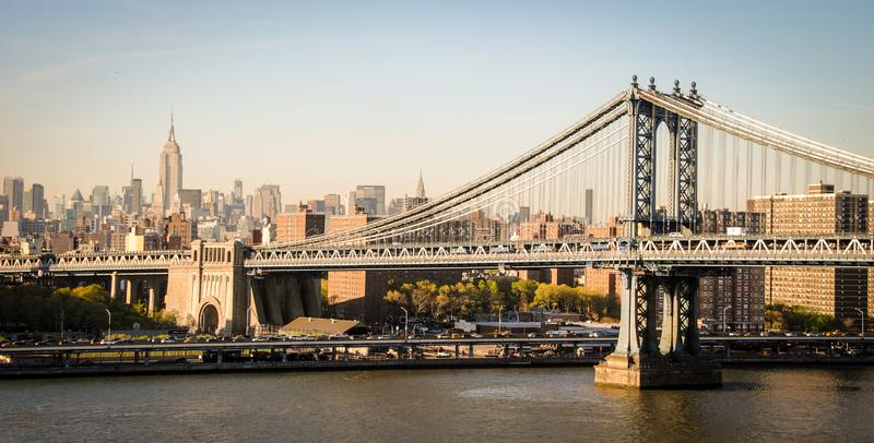Pont et Empire State Building de Brooklyn ? New York photographie stock