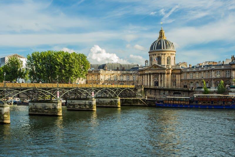 pont för konstdes paris fotografering för bildbyråer