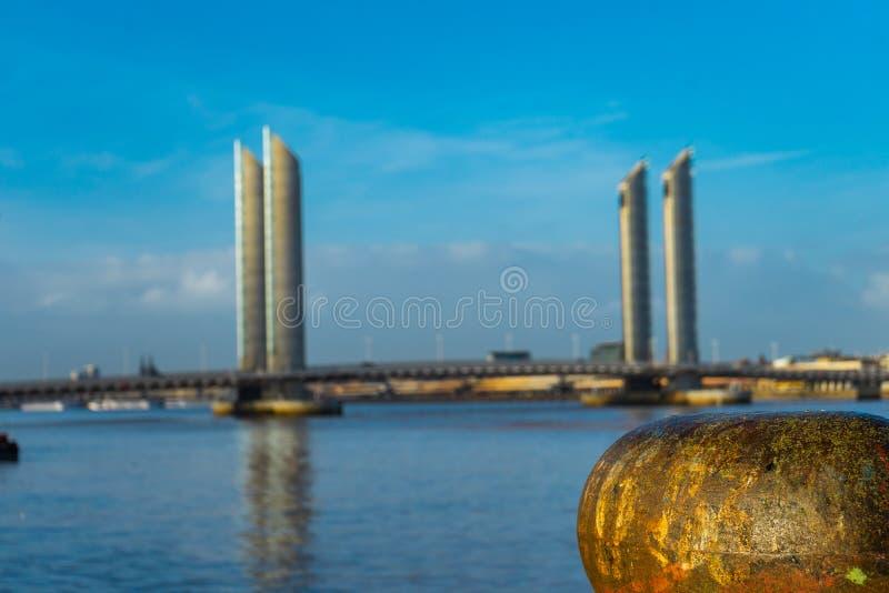 Pont Jacques Chaban-Delmas im Bordeaux, Frankreich stockfotografie
