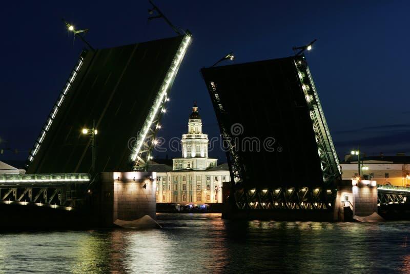 Pont-levis image stock