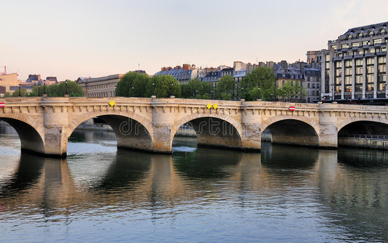 Pont Neuf, Parijs, Frankrijk stock foto's