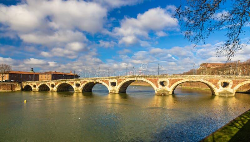 Pont Neuf, uma ponte em Toulouse imagem de stock