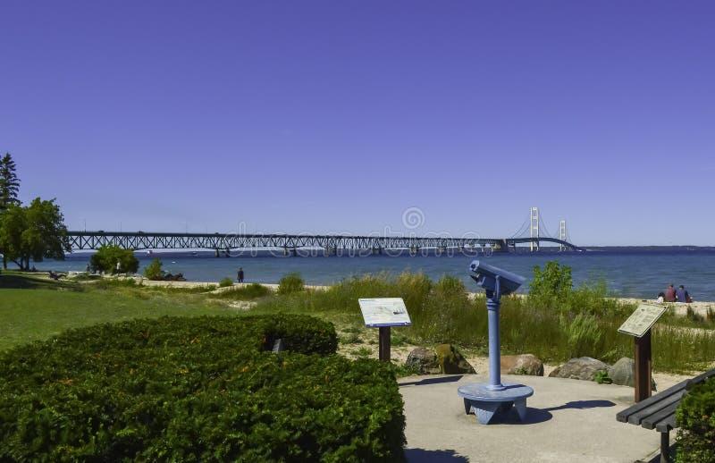 Pont pour relier le Michigan image libre de droits