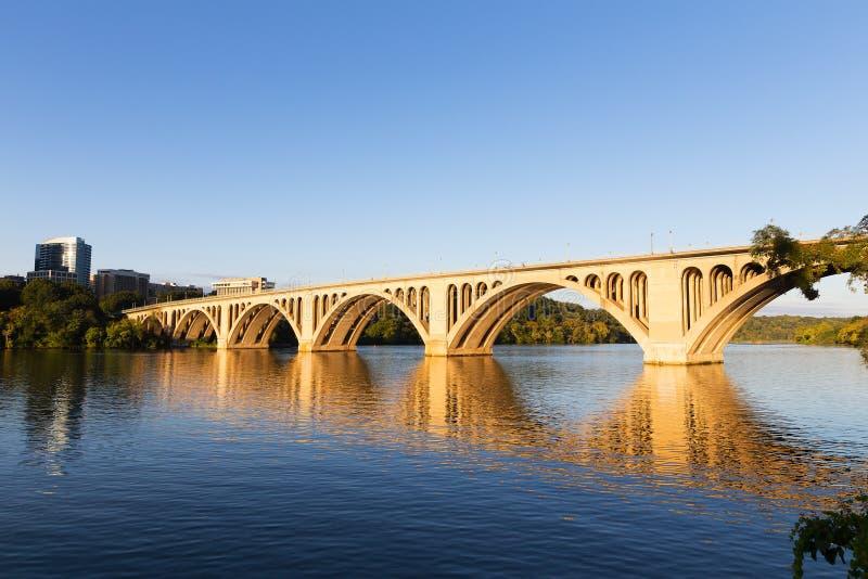 Pont principal au lever de soleil en Washington Dc, Etats-Unis photo libre de droits