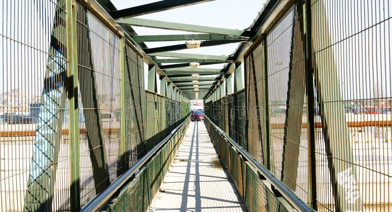 Pont provisoire dans les travaux de l'avenue de train à grande vitesse photo stock