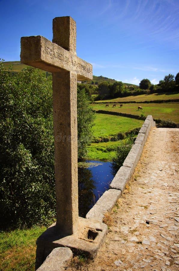 Pont Romanic antique photographie stock libre de droits