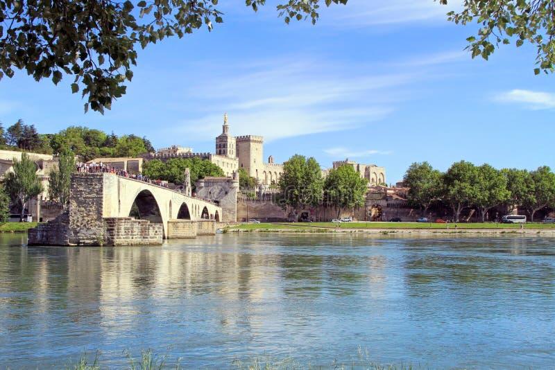 Download Pont St-Benezet à Avignon, France Photo stock - Image du christianisme, passerelle: 45369612