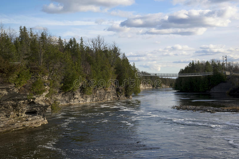 Pont suspendu de gorge de Ranney, Cambellford, Ontario images libres de droits