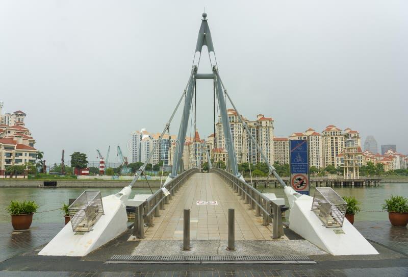 Pont suspendu de Tanjong Rhu au-dessus de la rivière image libre de droits