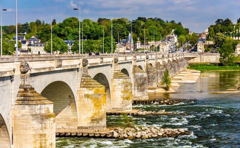 Pont Wilson dans les visites - Frances, centre photographie stock libre de droits