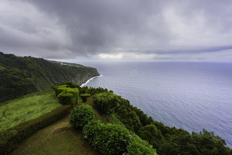 Ponta fa il punto di vista di Sossego, São Miguel, Azzorre fotografia stock