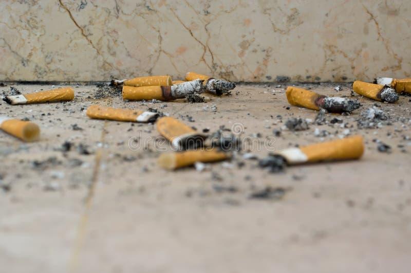 Pontas de cigarro imagem de stock royalty free