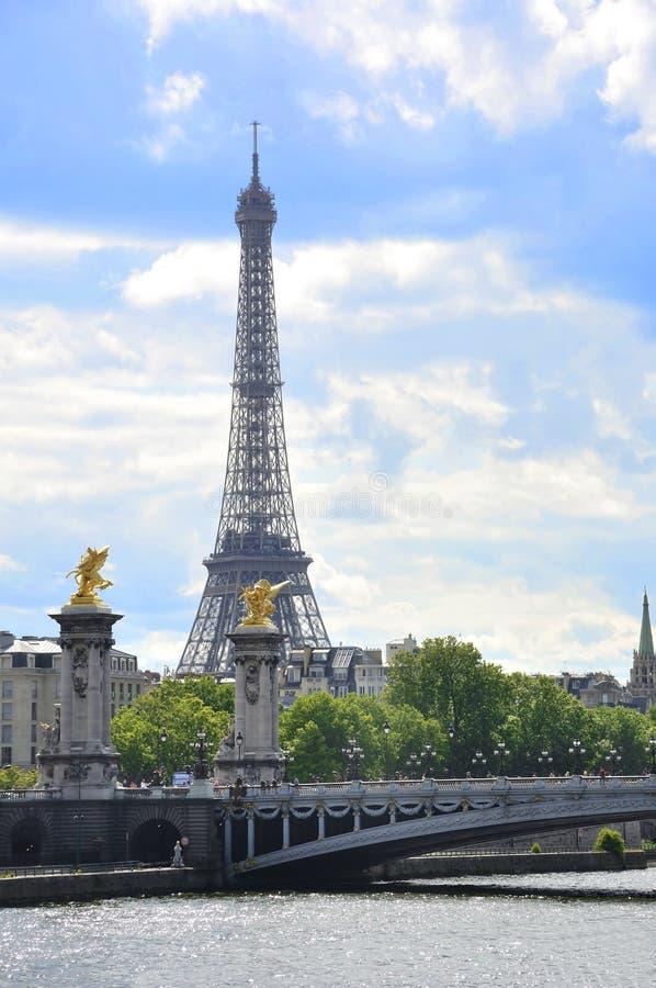 Download Ponte Alexander III. foto de stock. Imagem de europa - 12800228