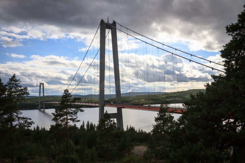 A ponte alta da costa imagens de stock royalty free