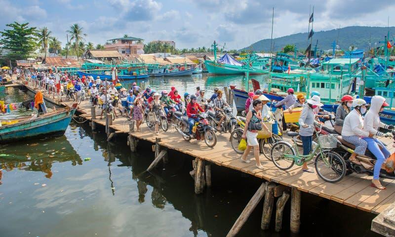 Ponte ammucchiato al porto sull'isola 2 del quoc di phu immagine stock libera da diritti