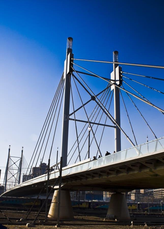 Ponte & passagem de suspensão fotos de stock
