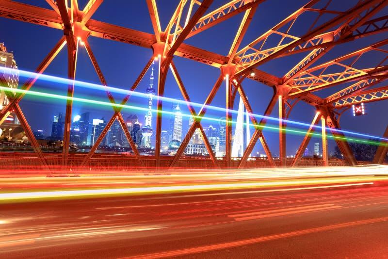 Ponte bonita da opinião da noite em shanghai fotos de stock