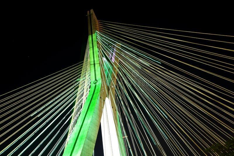 ponte Cabo-ficada leve com luzes do diodo emissor de luz fotografia de stock