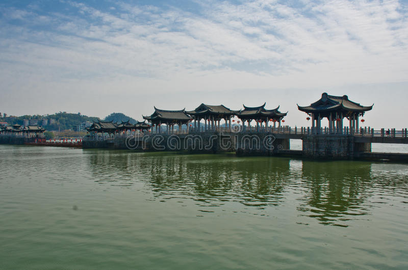 Ponte chinesa velha imagens de stock