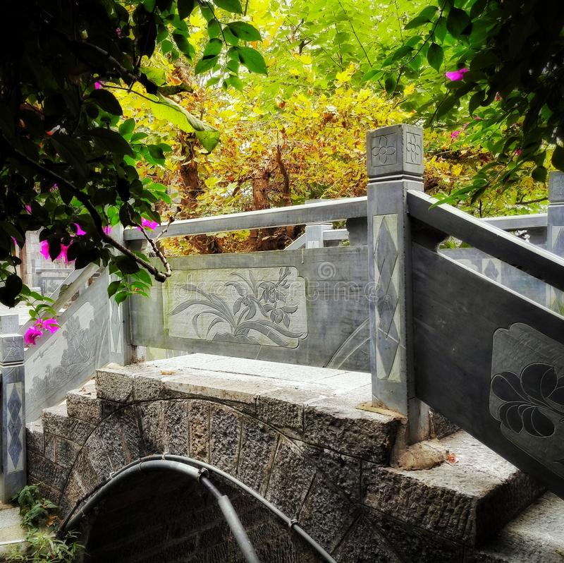 Ponte cinese della pietra della città antica fotografie stock libere da diritti