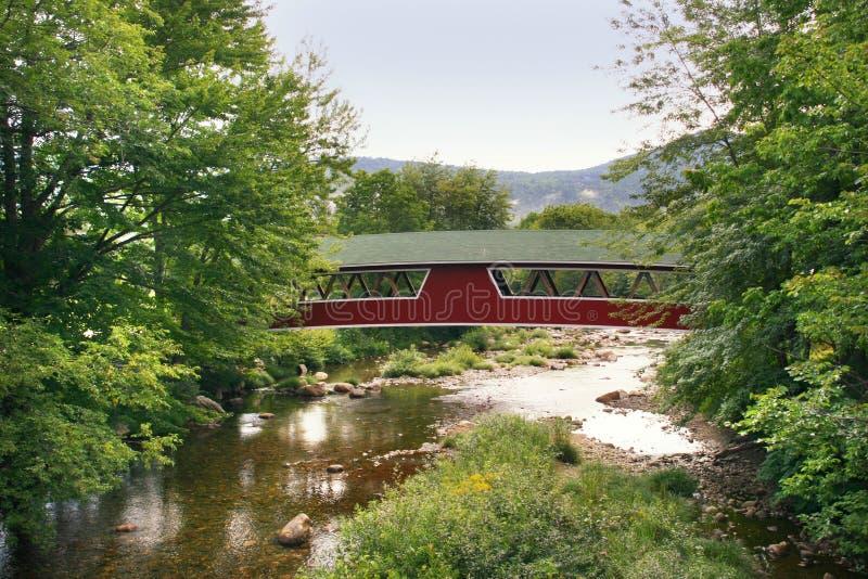 Ponte coberta foto de stock royalty free