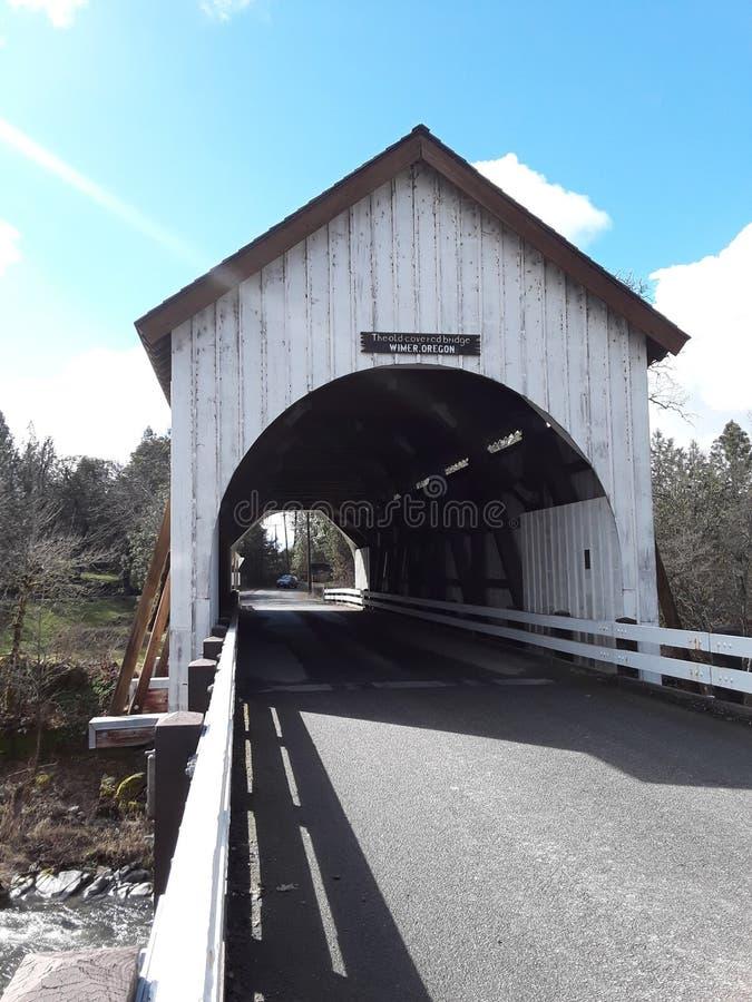 Ponte coberta de Wimer Oregon imagem de stock royalty free
