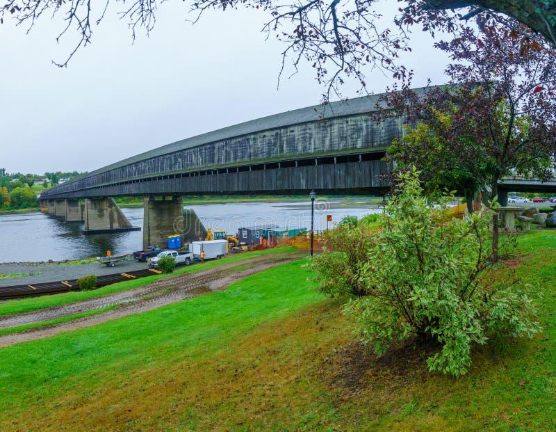 A ponte coberta a mais longa no mundo, em Hartland fotos de stock royalty free