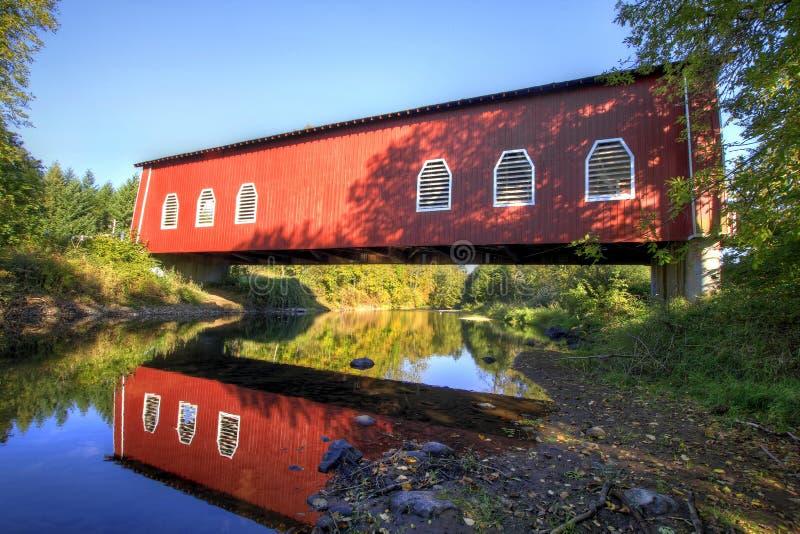 Ponte coberta Oregon de Shimanek fotos de stock royalty free
