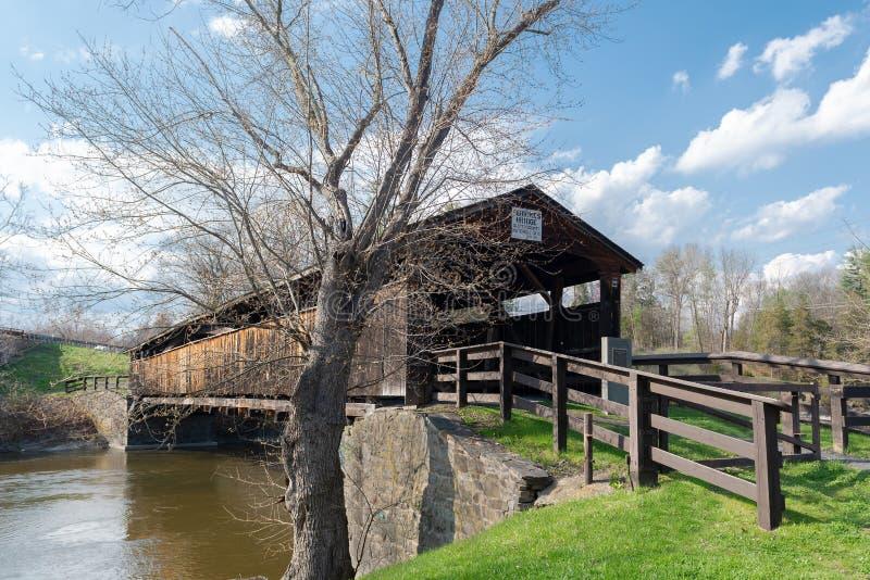 Ponte coperto del ` s di Perrine nella contea di Ulster, NY fotografie stock libere da diritti