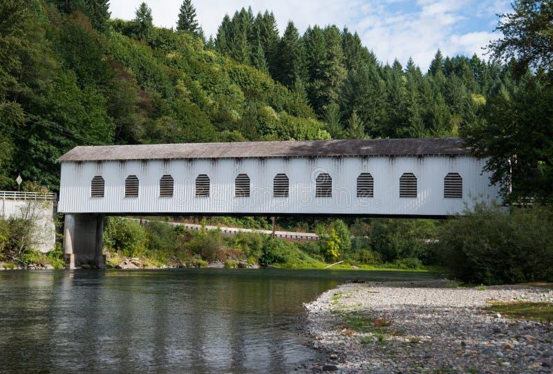Ponte coperto di Goodpasture nell'Oregon immagini stock libere da diritti