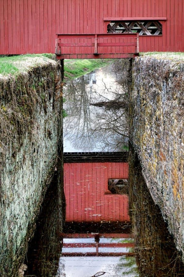 Ponte coperto storico della contea di Bucks Uhlerstown fotografia stock libera da diritti