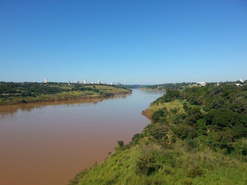 Ponte da Amizade -巴西x巴拉圭桥梁 免版税图库摄影