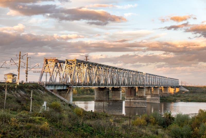 Ponte da estrada de ferro imagens de stock royalty free