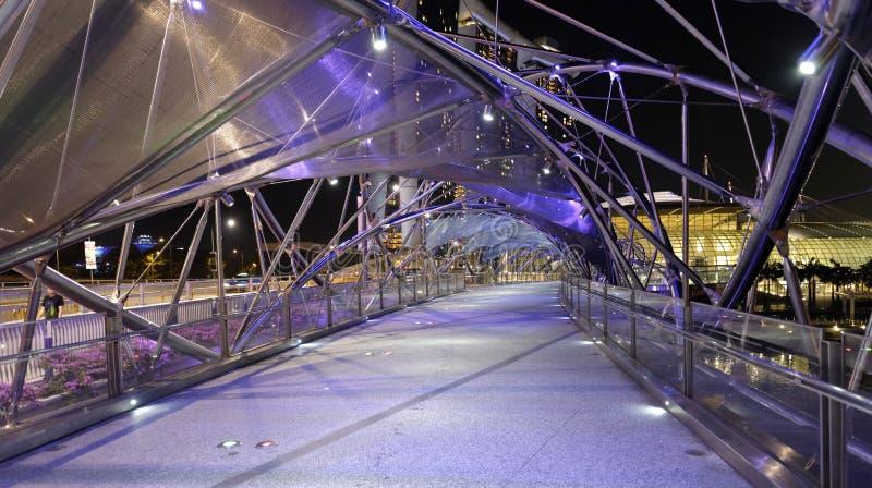 Ponte da hélice em Singapura fotografia de stock