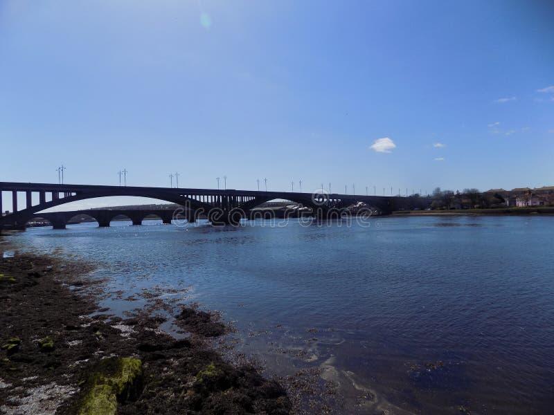 A ponte da mistura de lã, Berwick- em cima da mistura de lã, Northumberland, Inglaterra Reino Unido fotografia de stock