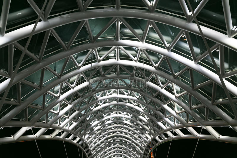 Ponte da paz Roube e a construção de vidro fotografia de stock