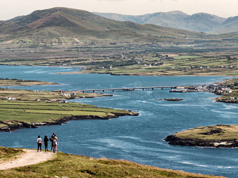Ponte da Portmagree all'isola di Valentia, Irlanda immagine stock libera da diritti