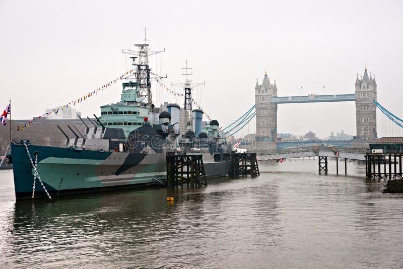Ponte Da Torre E HMS Belfast, Londres. Foto de Stock