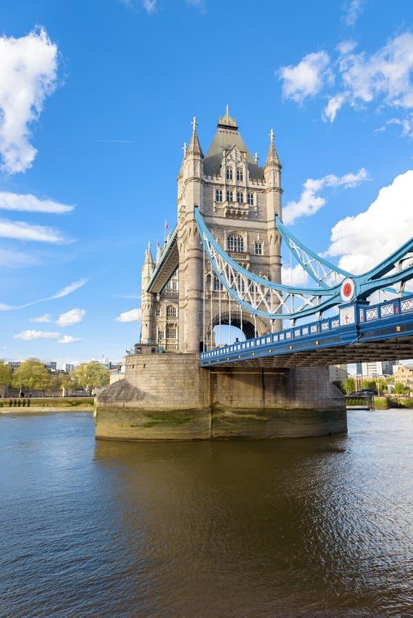Ponte da torre em Londres fotos de stock