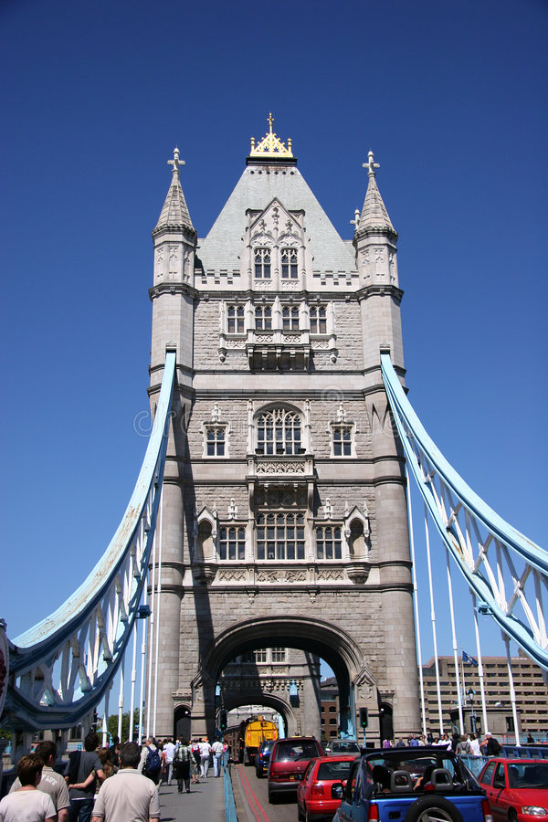 Ponte da torre, extremidade sobre fotos de stock