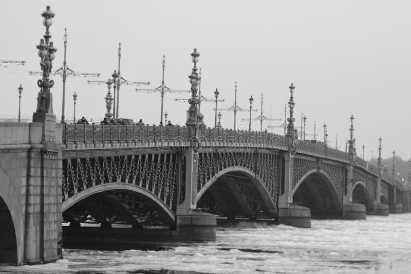 Ponte da trindade, St Petersburg imagem de stock