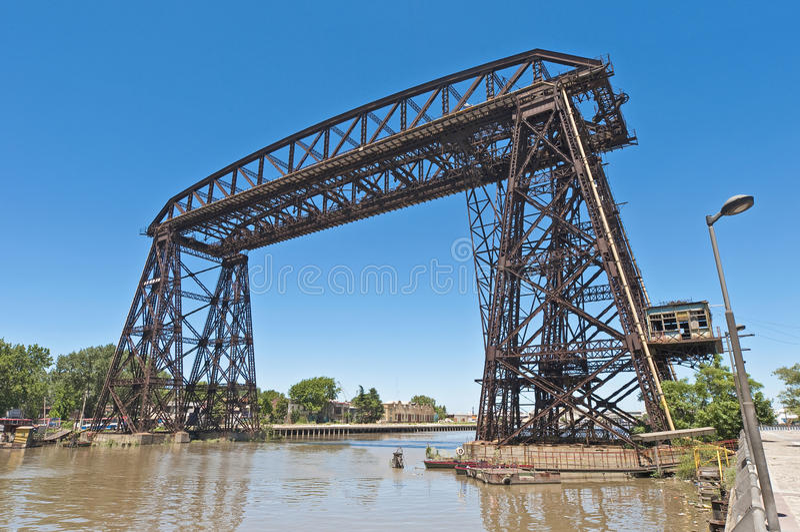 Ponte de aço de Nicolas Avellaneda através de Riachuelo fotos de stock royalty free