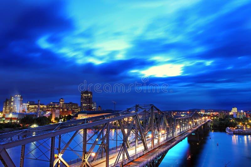 Ponte de Alexandra em Ottawa, Canadá imagens de stock royalty free