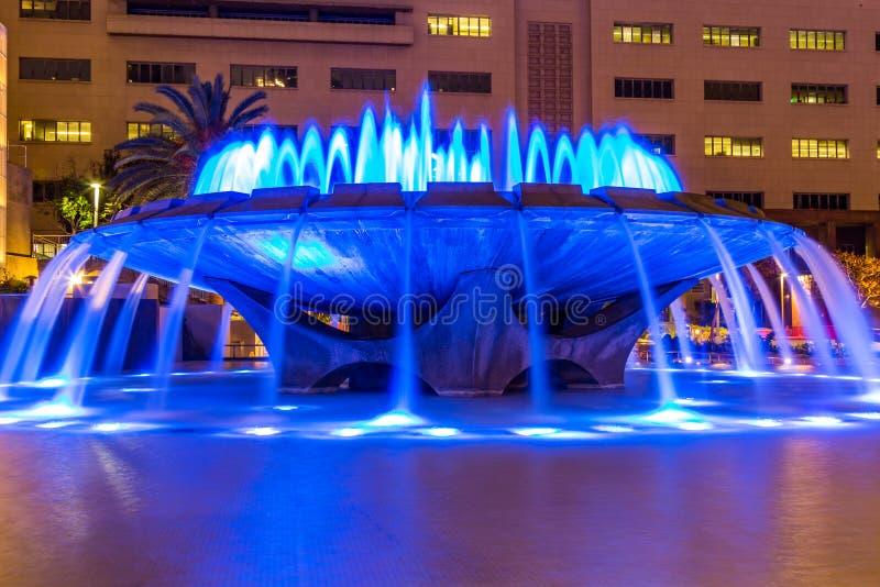 Ponte de Arthur J Fonte memorável com luzes azuis do diodo emissor de luz fotos de stock royalty free