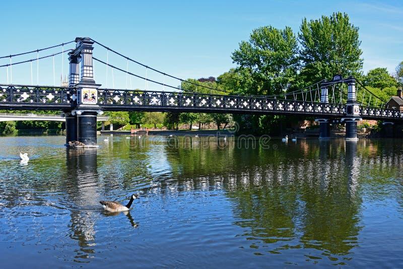 A ponte de balsa, Burton em cima de Trent foto de stock