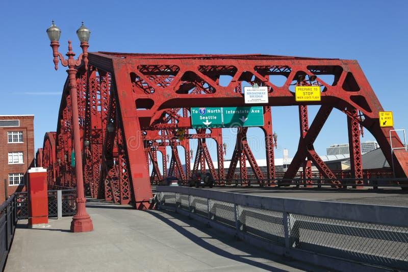 A ponte de Broadway, Portland OU. fotos de stock royalty free