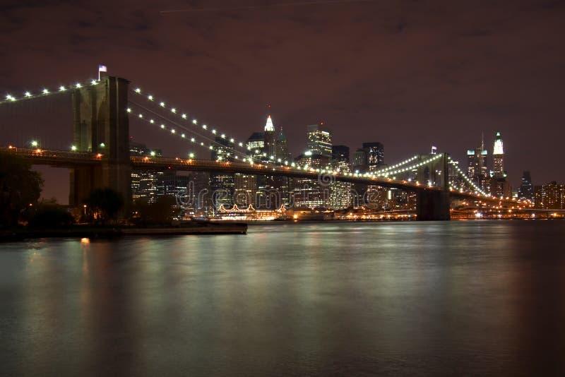 Ponte de Brooklyn na noite fotografia de stock royalty free