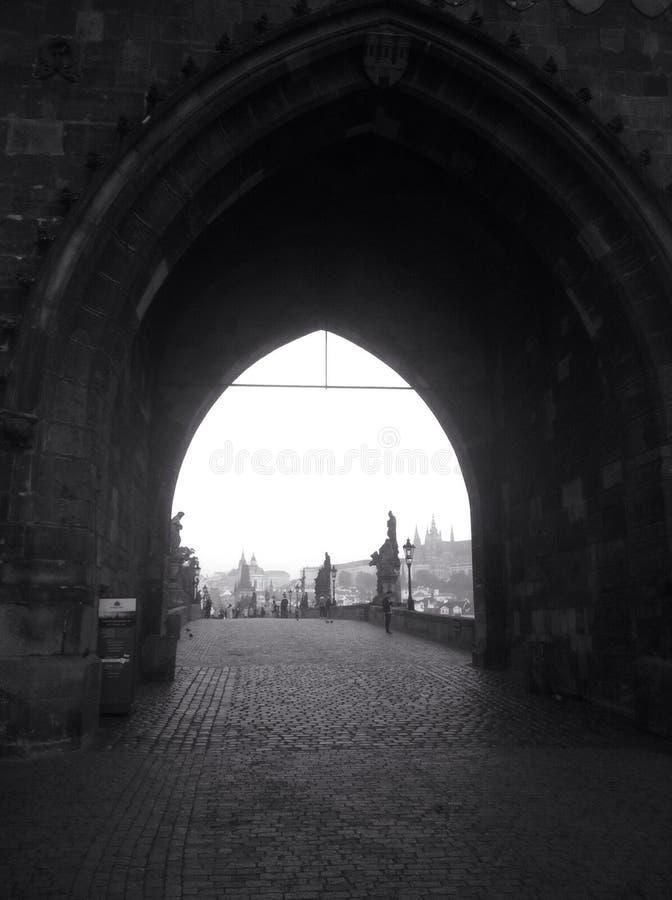 Ponte de Charles e castelo de Praga fotos de stock royalty free