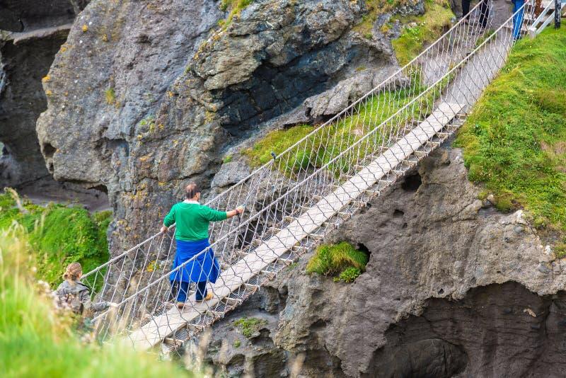 Ponte de corda de Carrick-a-Rede, Irlanda do Norte fotografia de stock royalty free