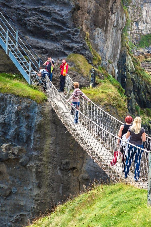 Ponte de corda de Carrick-a-Rede, Irlanda do Norte imagens de stock